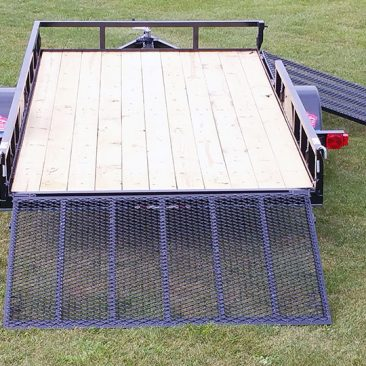 Single Axle Utility Trailer w/Side Ramp
